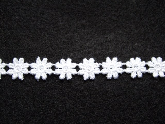 COTTON DAISY LACE TRIM 10mm/1/2'' wide  NATURAL WHITE  per metre