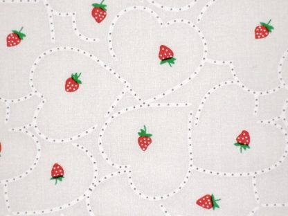 POLY/COTTON PRINT FABRIC STRAWBERRIES AND HEARTS